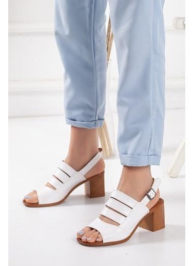 Dilimler Ayakkabı Spor Sandalet Beyaz